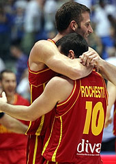 10. Taylor Rochestie (Montenegro), 15. Vladimir Dasic (Montenegro)